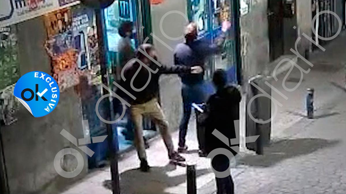 Momento del vídeo de la presunta agresión por la que se investiga al diputado Íñigo Errejón.