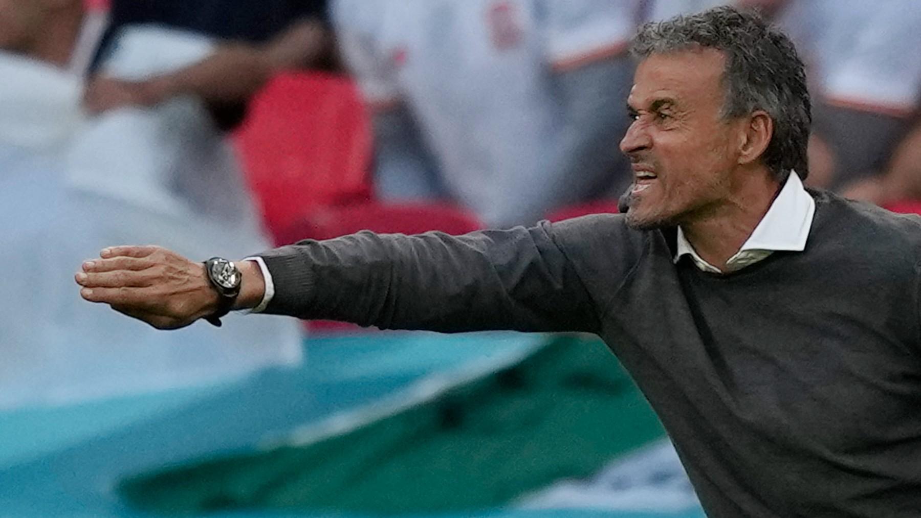 Luis Enrique da órdenes contra Italia. (AFP)