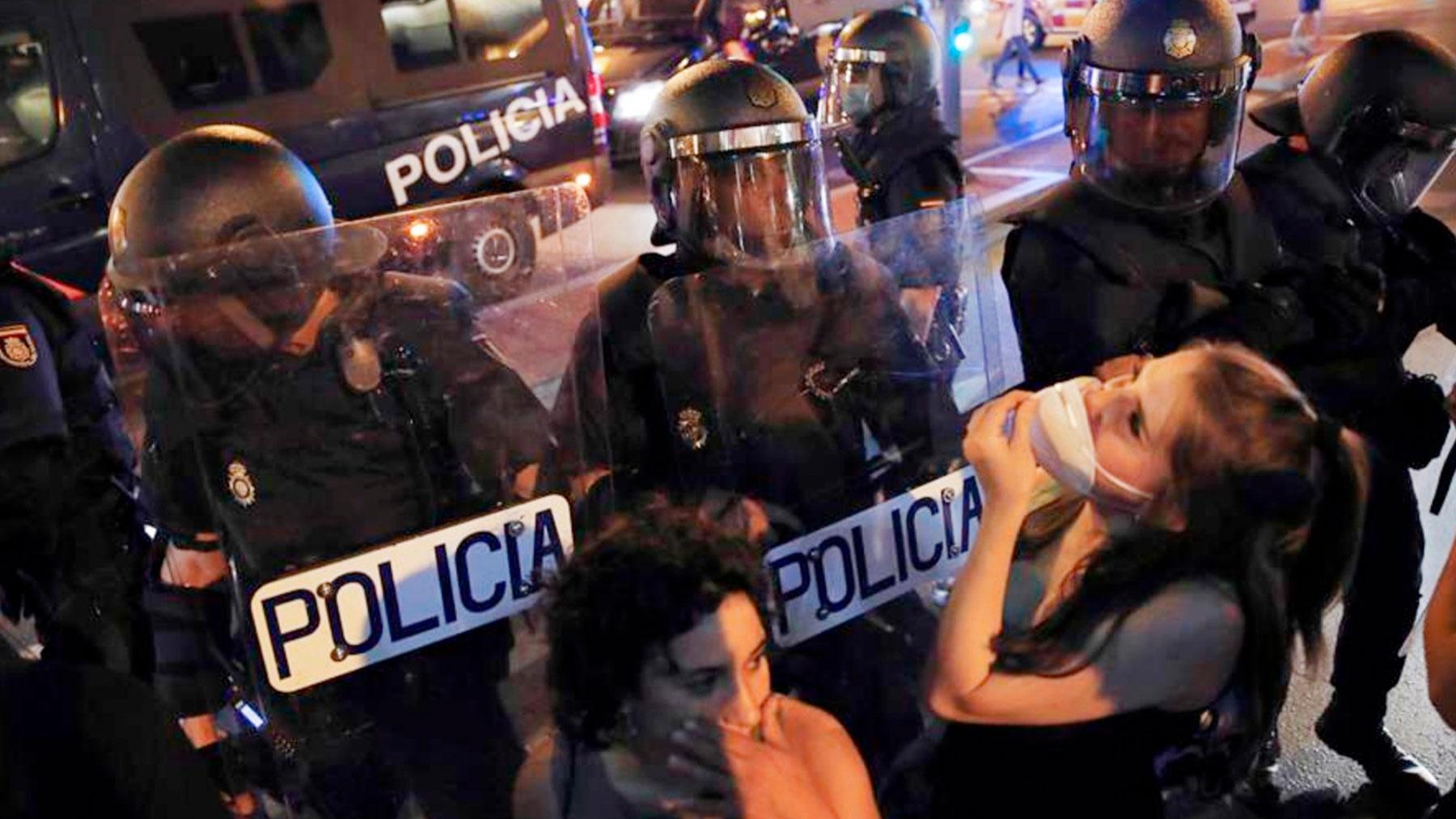 Cargas policiales en Madrid tras las marchas por Samuel.