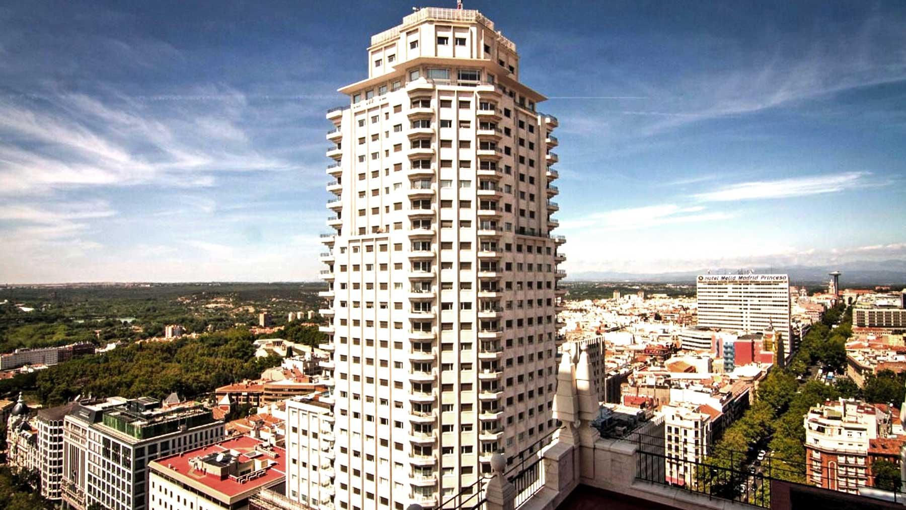 Las exclusivas viviendas de la Torre de Madrid.