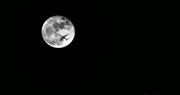 Viajes a la luna