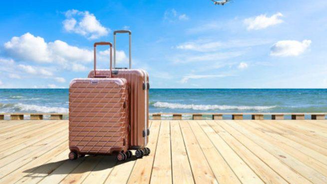 maleta vacaciones playa