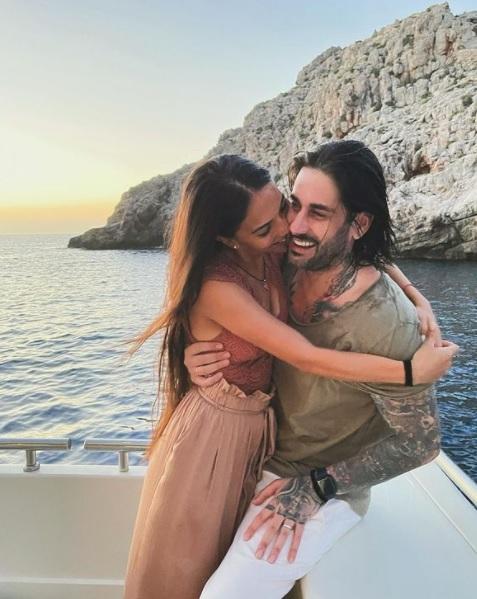 Melendi y su mujer disfrutando de unos días de descanso en Mallorca