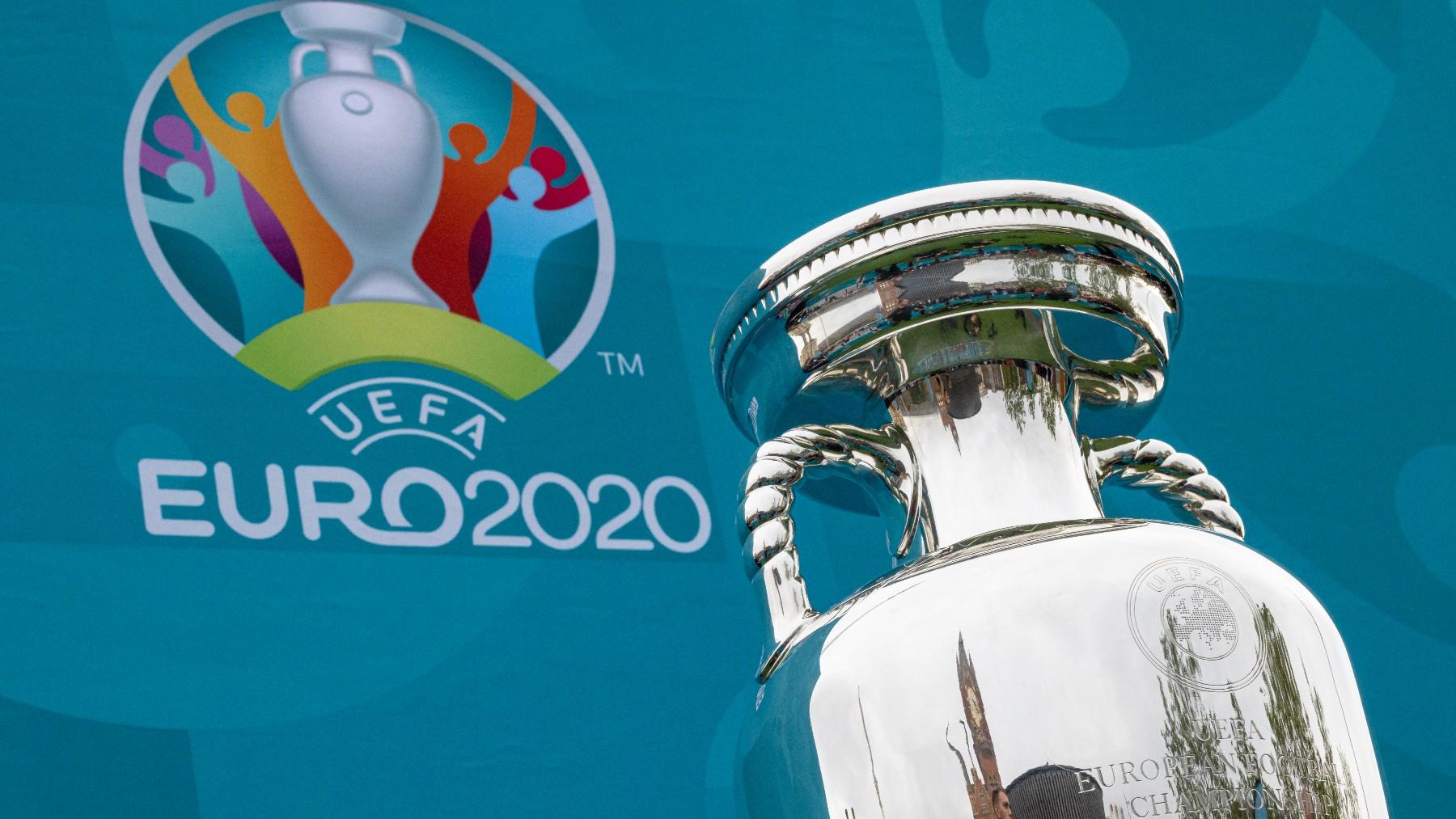 El trofeo de la Eurocopa.
