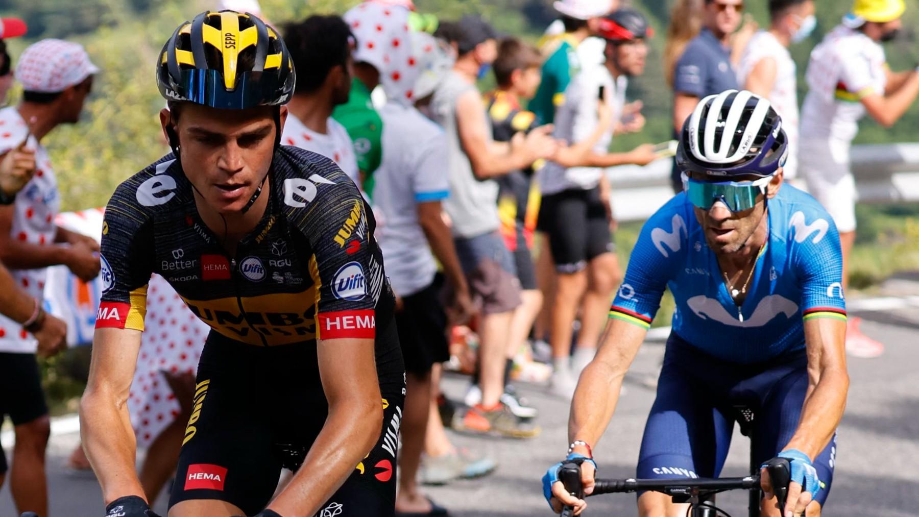 Kuss y Valverde, en la ascensión. (AFP)