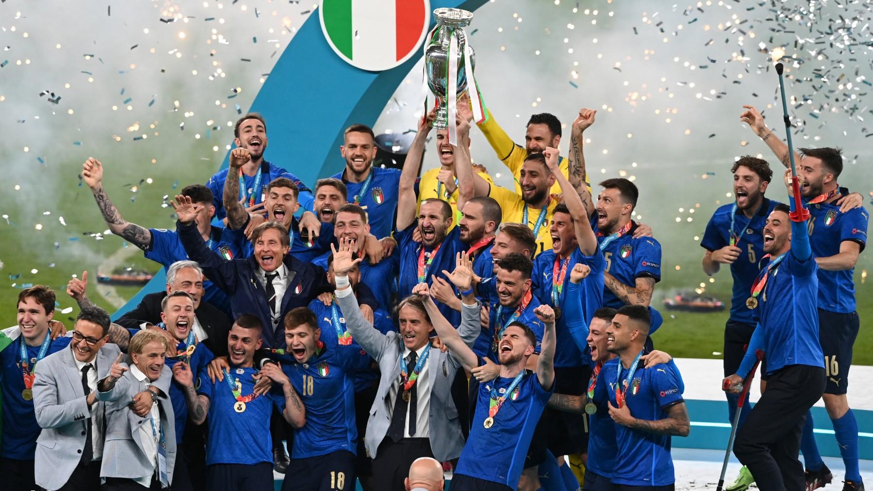 Italia celebra la victoria.