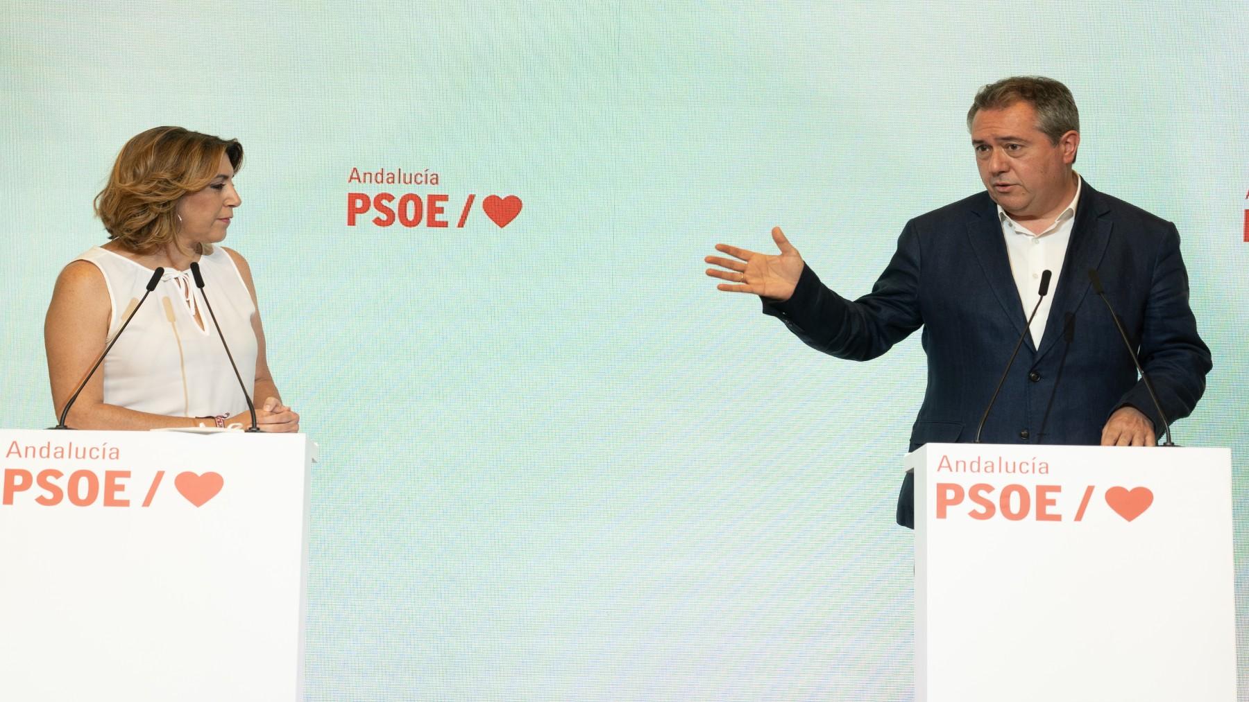 El candidato del PSOE-A a la Junta, Juan Espadas, y la secretaria general, Susana Díaz (EUROPA PRESS).