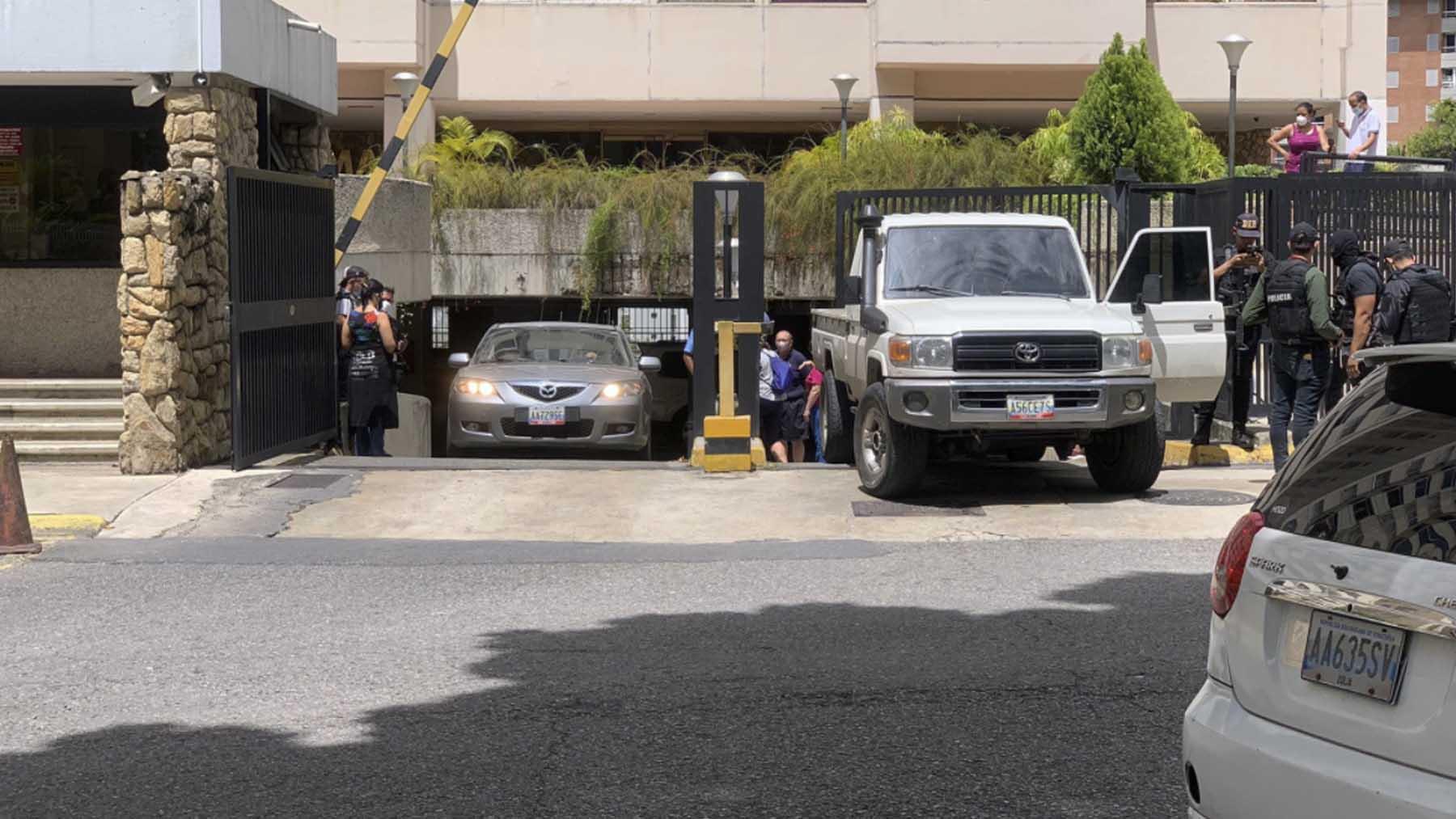 La policía de Maduro en la residencia de Guaidó