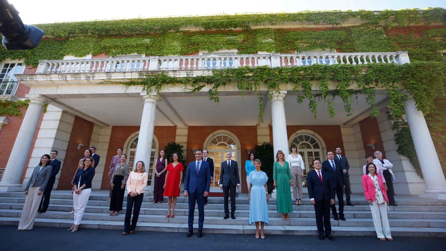 El Consejo de Ministros tras la remodelación del Gobierno impulsada por Pedro Sánchez. (Foto: Efe)