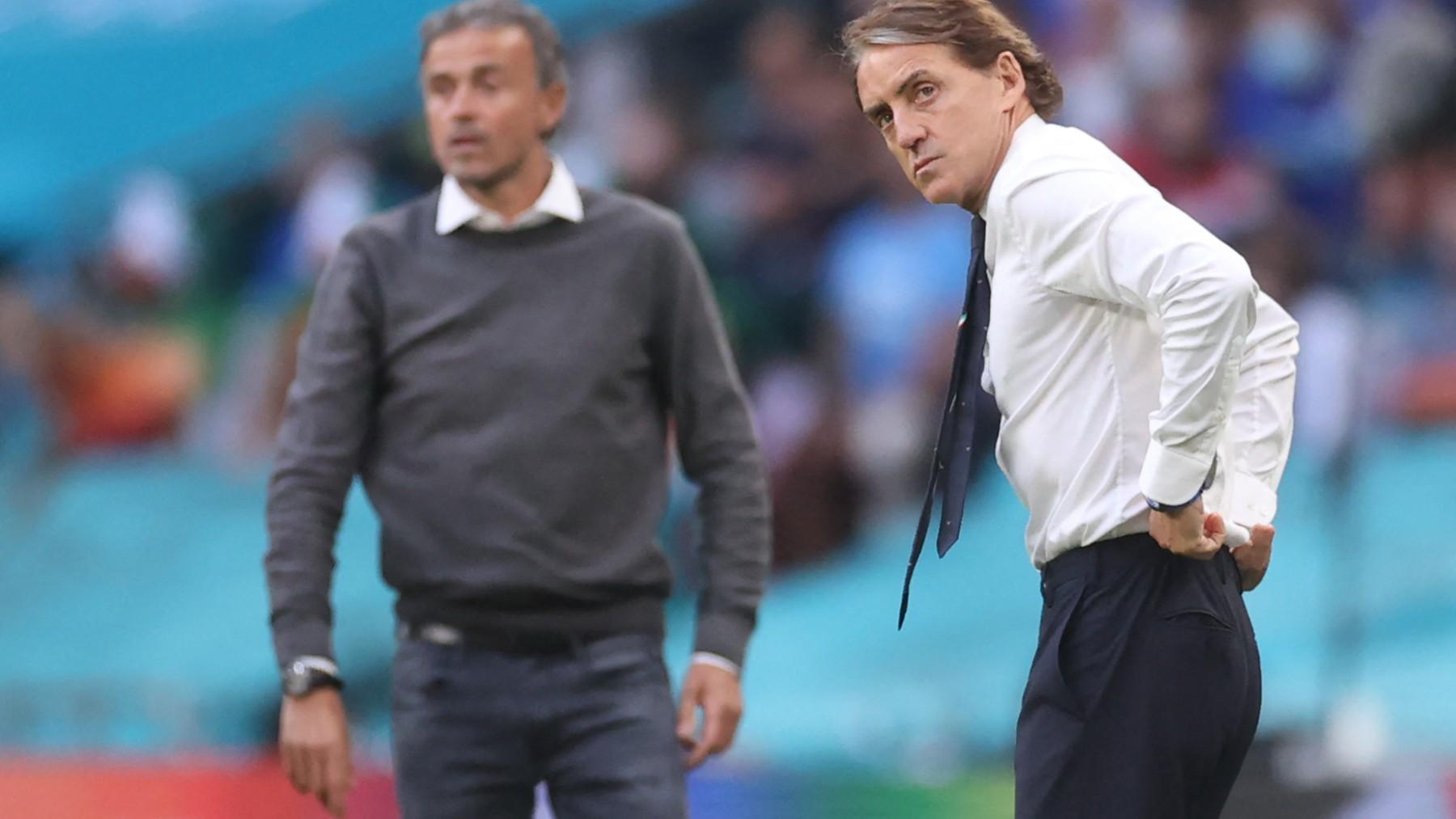Roberto Mancini y Luis Enrique durante el España – Italia de la Eurocopa. (AFP)