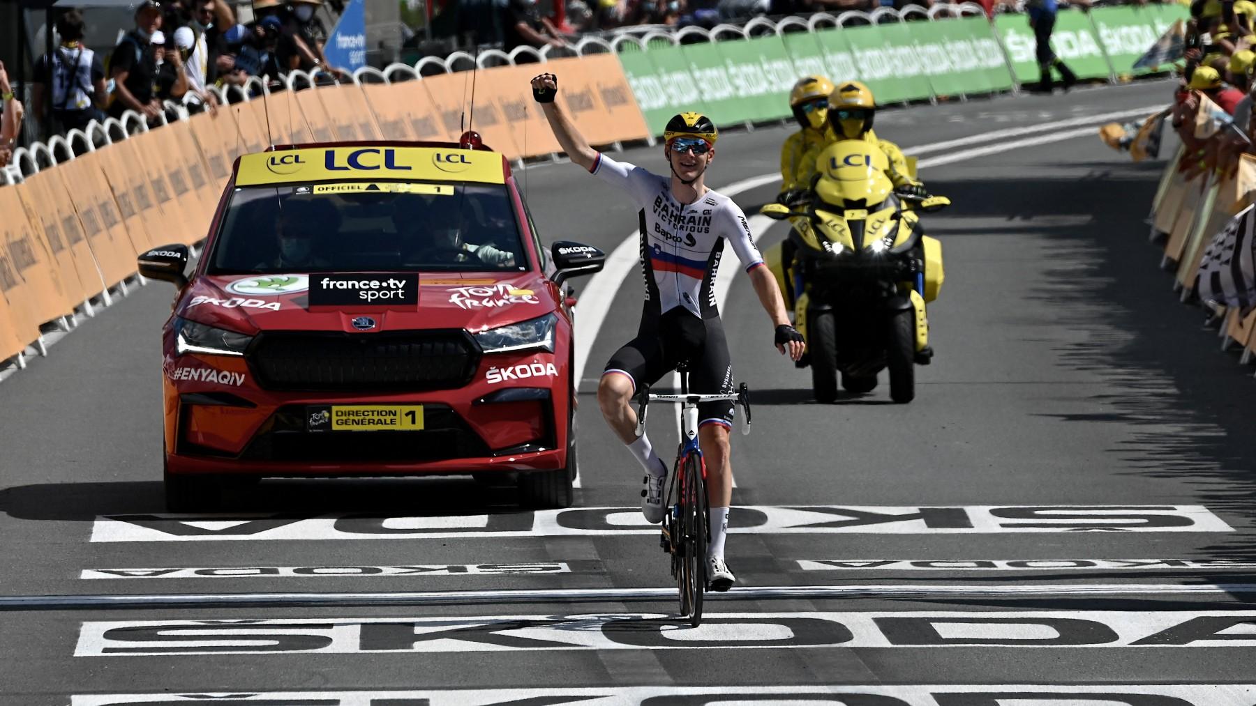 Mohoric celebra su segunda victoria en el Tour. (AFP)