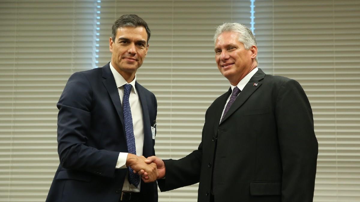 Pedro Sánchez y Miguel Díaz-Canel.