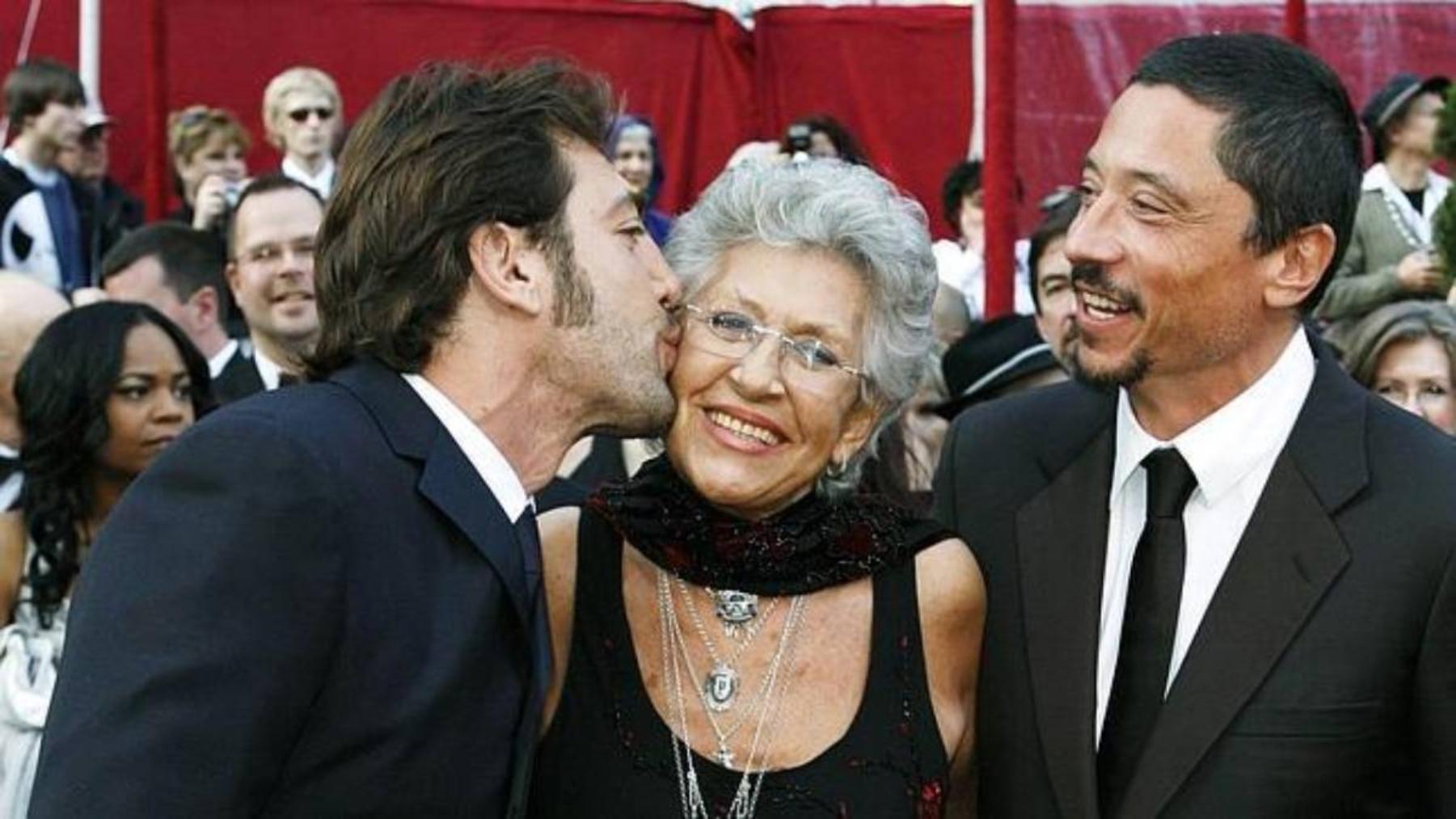 Relación entre Pilar Bardem y sus hijos, Javier, Carlos y Mónica.
