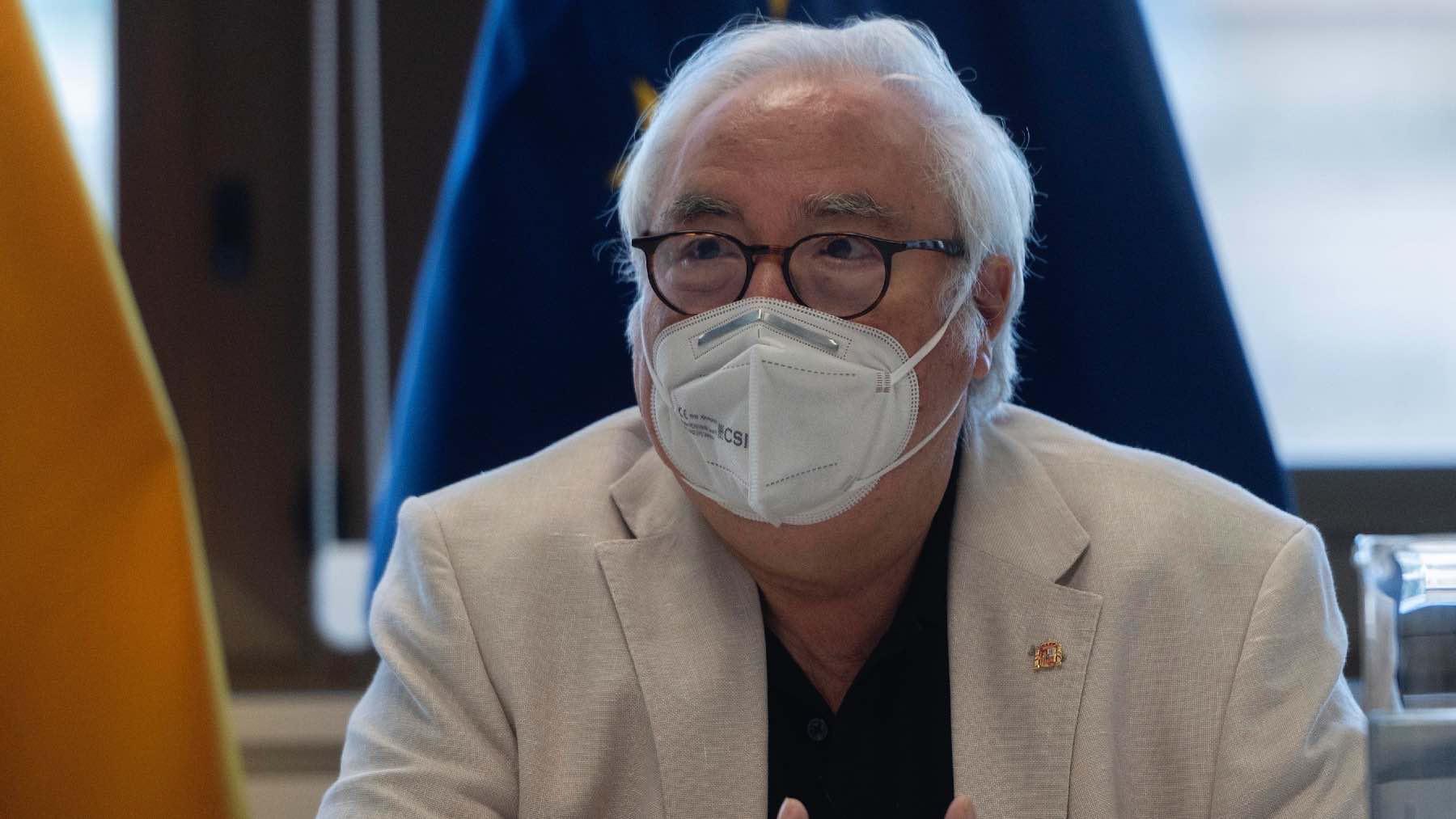 El ministro de Universidades, Manuel Castells, en una entrevista para Europa Press.