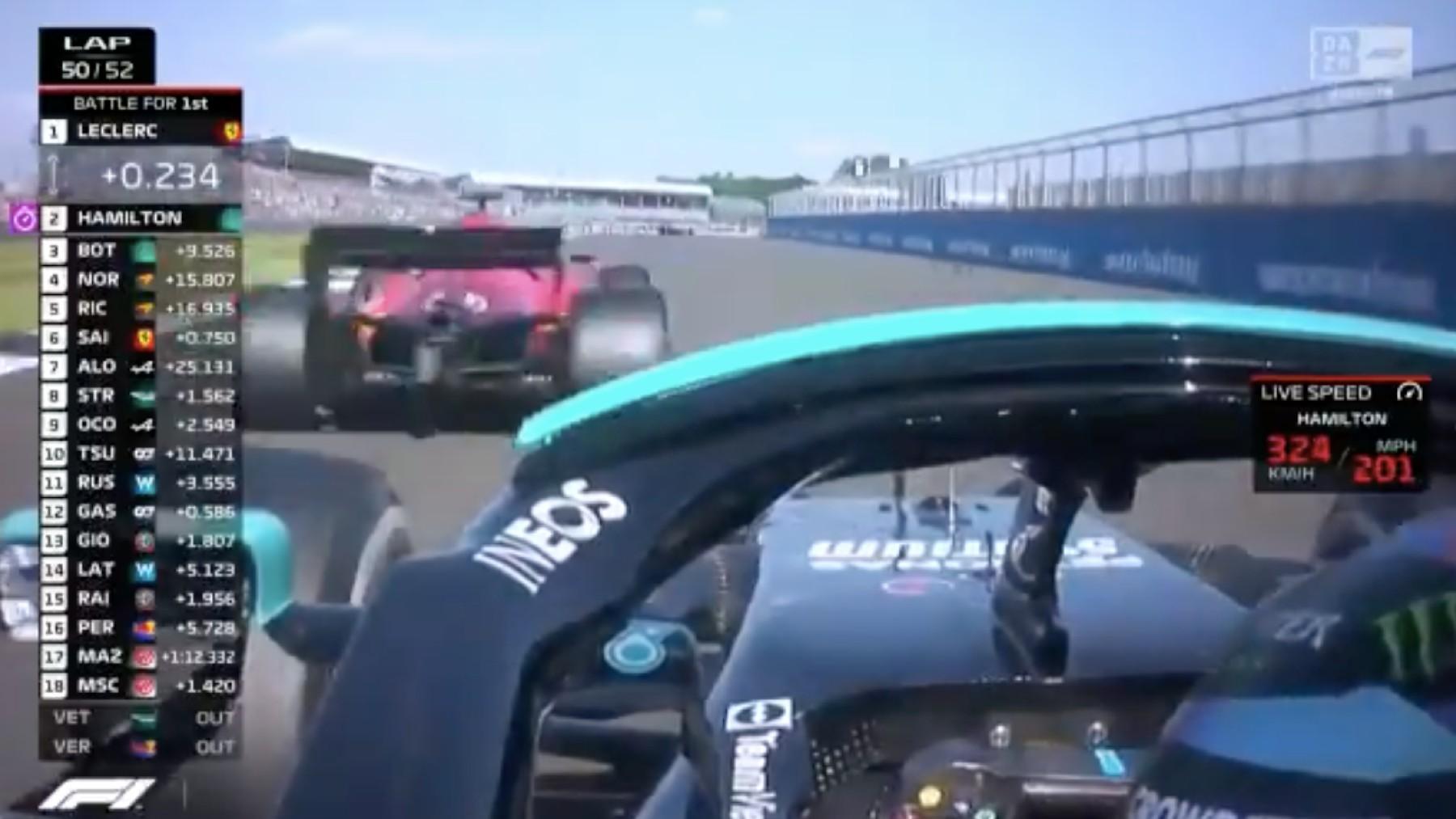 Hamilton adelanta a Leclerc.