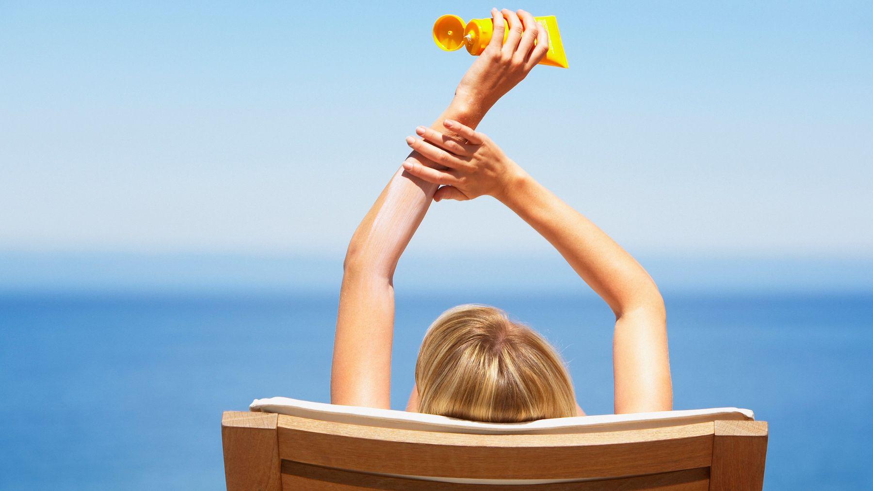 Cómo afecta el sol  a la piel si no te pones protector solar
