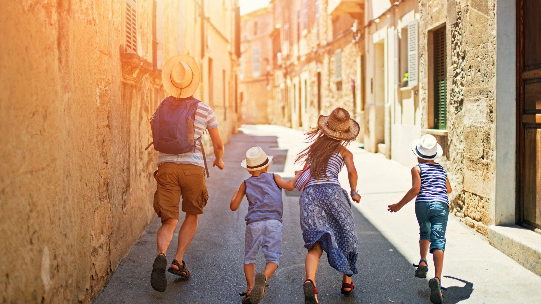 Descubre los mejores destinos para unas vacaciones en familia
