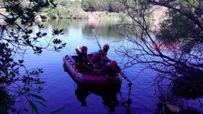 Cadáver jóven en un lago de Córdoba.