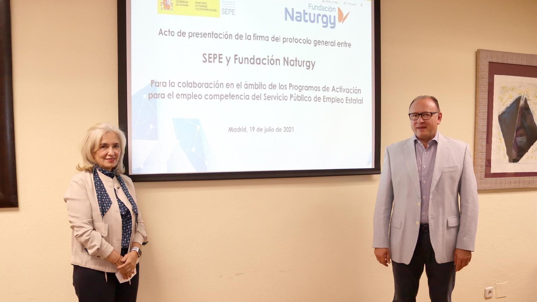 Firma convenio SEPE y Fundación Naturgy.