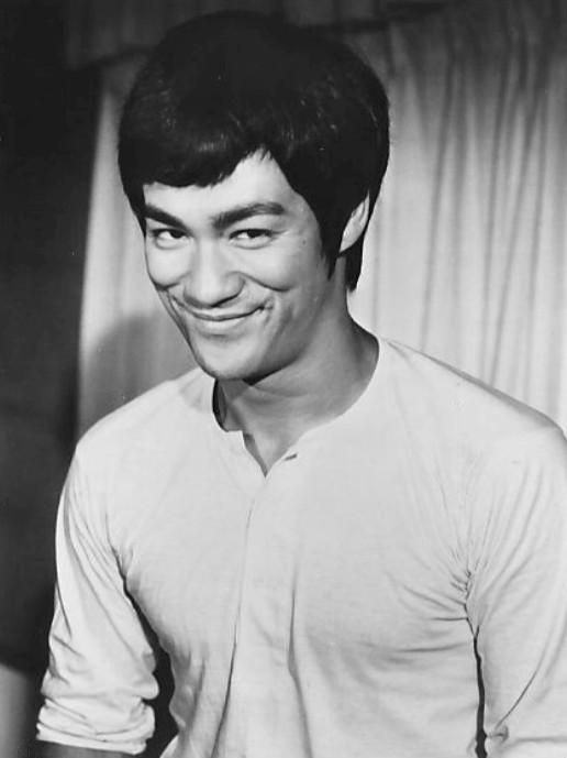 Las 11 mejores frases de Bruce Lee en el día de su muerte