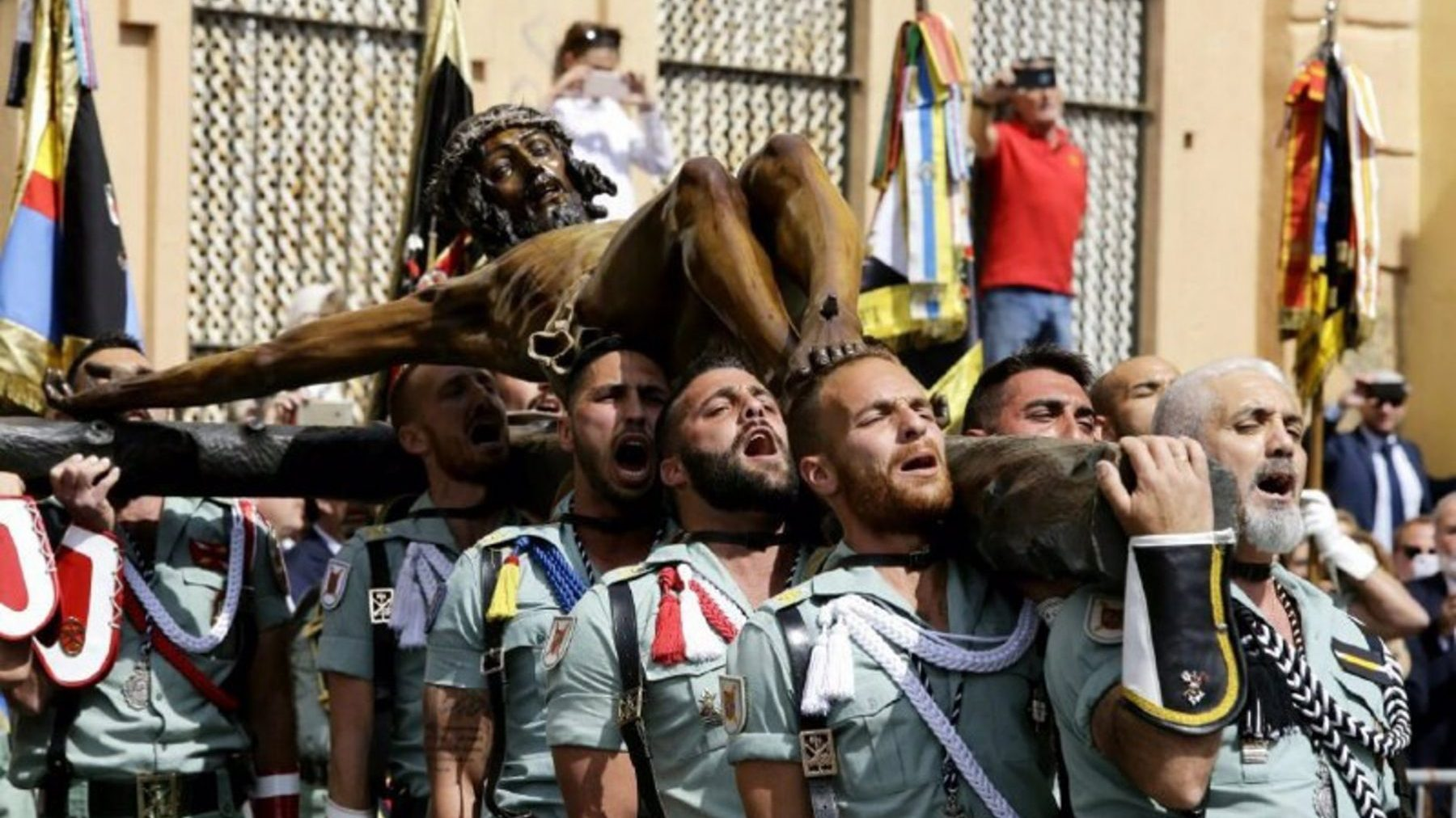 Legionarios en la procesión del Cristo de la Buena Muerte en 2017 (EUROPA PRESS / MINISTERIO DE DEFENSA).