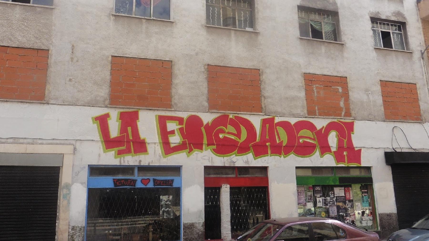 Entrada de La Enreadera.