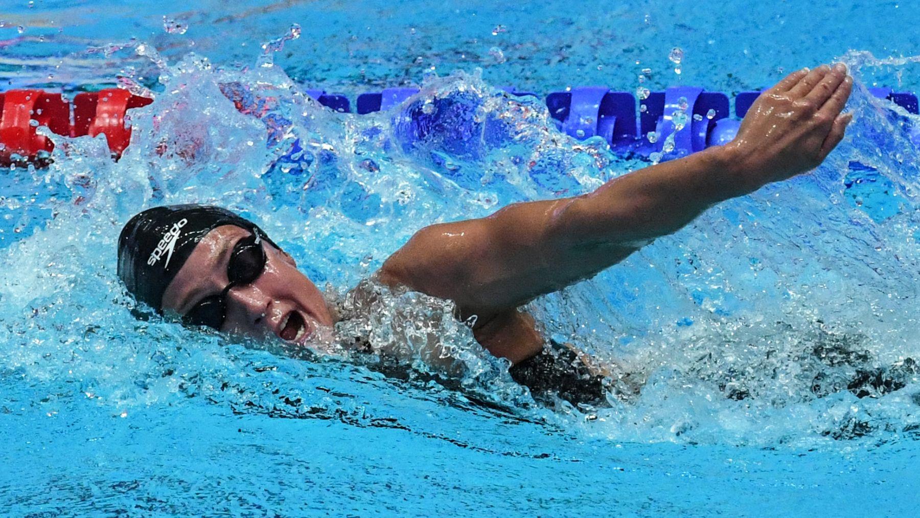 Mireia Belmonte rozó la gloria en su primera aparición en Tokio. (AFP)