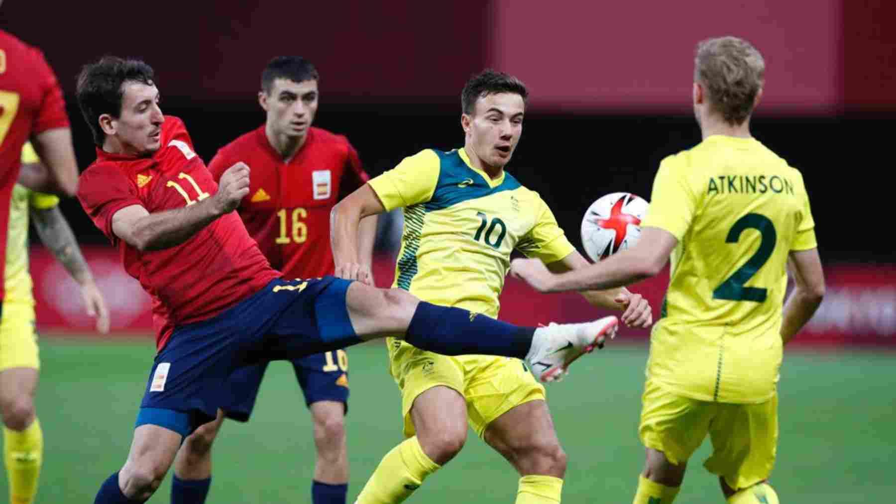 Mikel Oyarzabal con España frente a Australia. (@SeFutbol)
