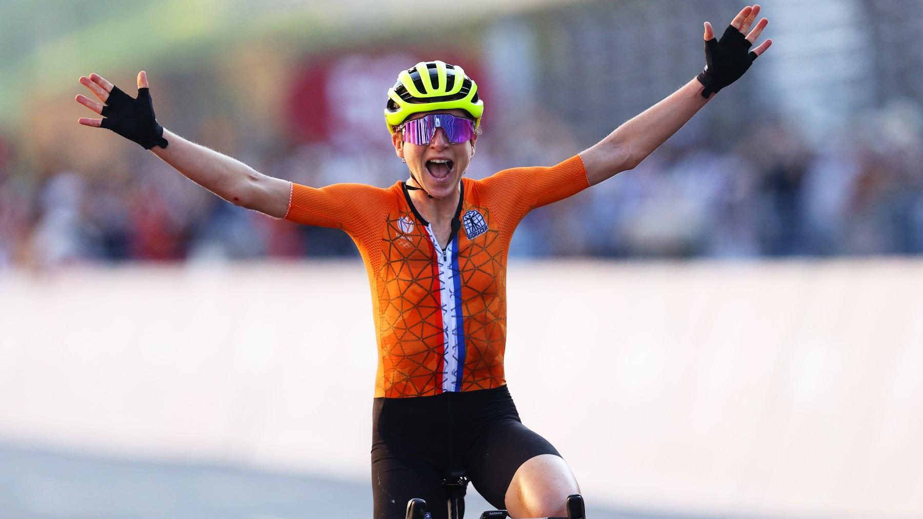 Annemiek van Vleuten se pensó que era campeona olímpica. (Getty)