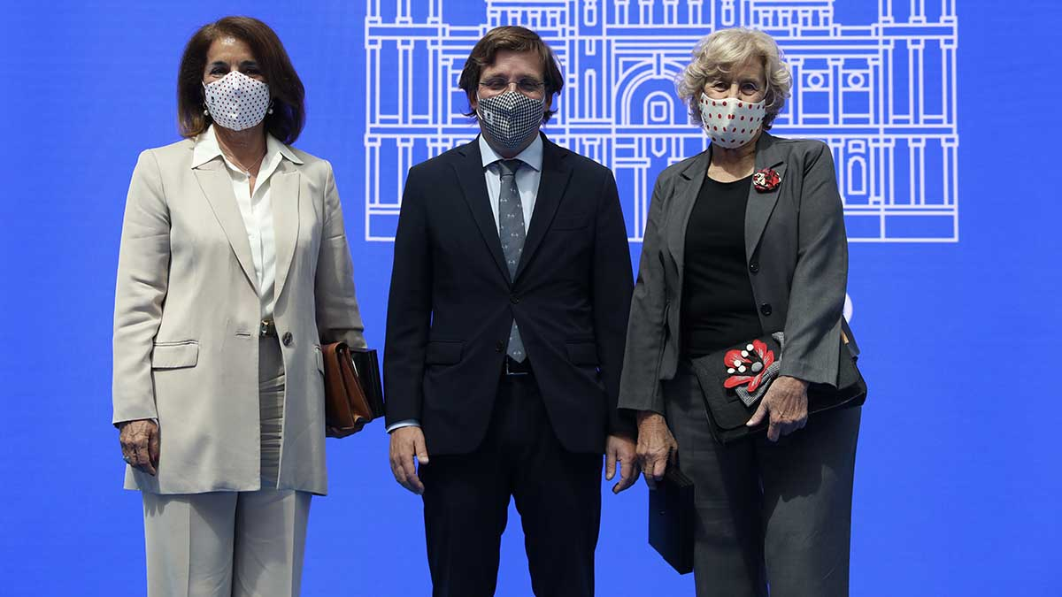 Ana Botella, José Luis Martínez-Almeida y Manuela Carmena