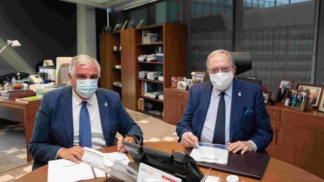 AMA Vida firma con el Consejo Gallego de Colegios Veterinarios la póliza colectiva de Vida