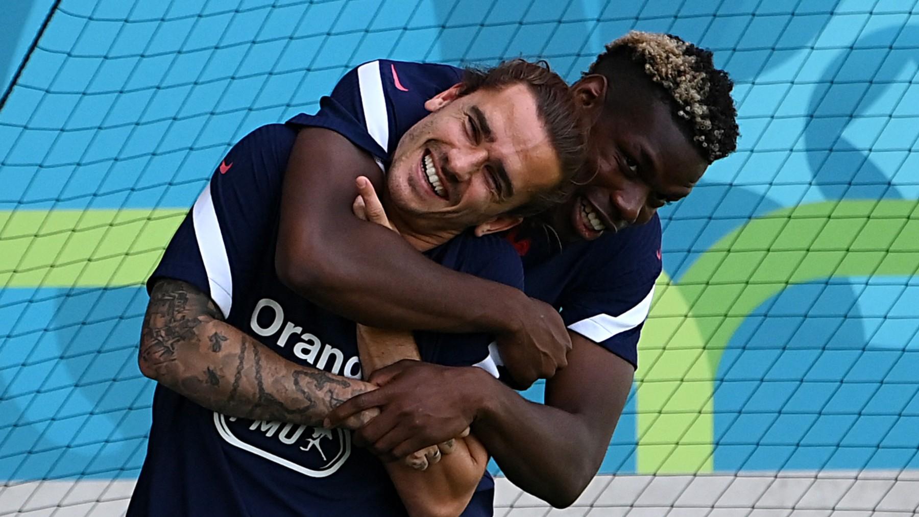 Griezmann y Pogba, durante un entrenamiento de la selección francesa (AFP).