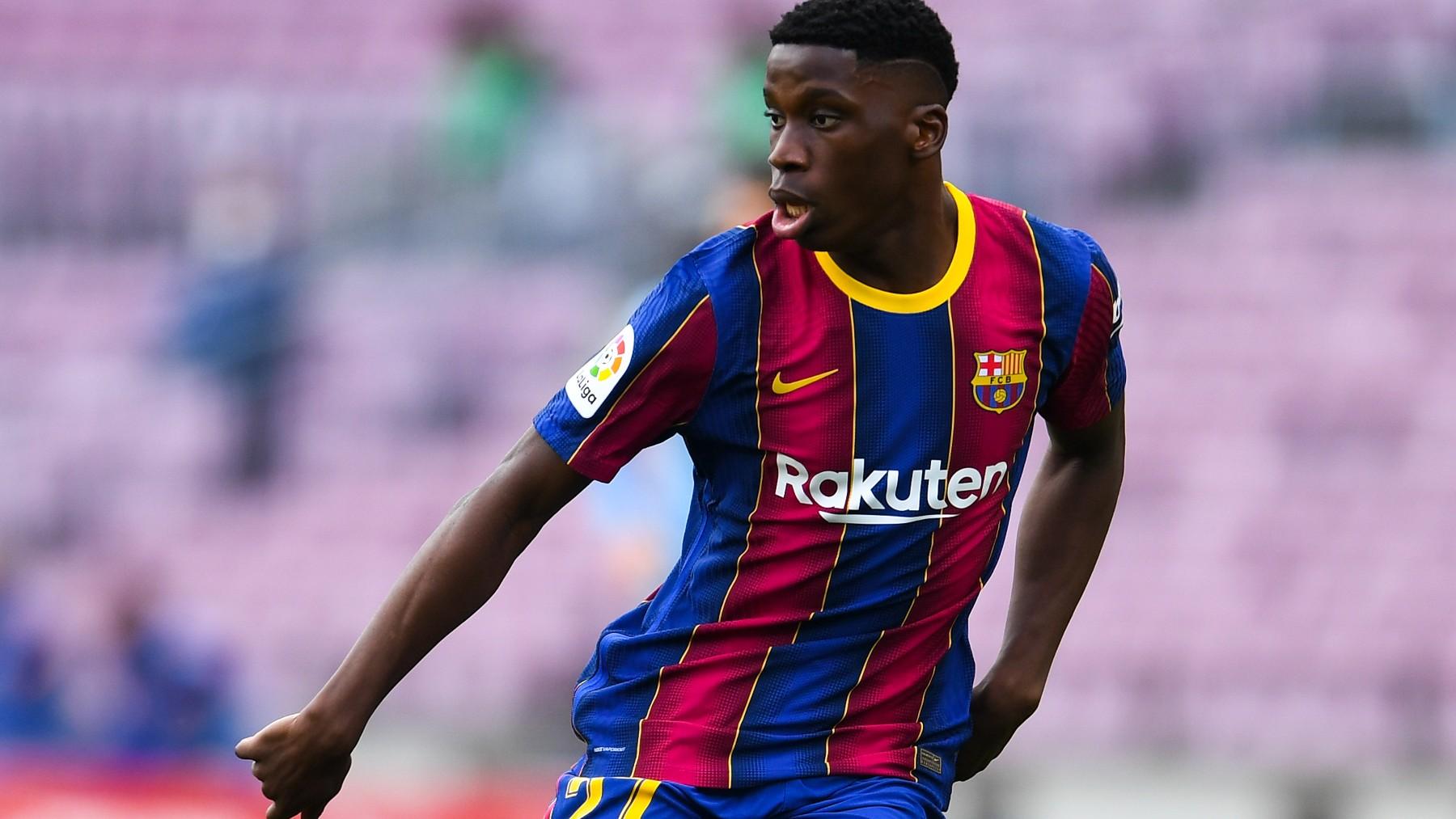 Ilaix Moriba, durante un partido con el Barcelona. (Getty)