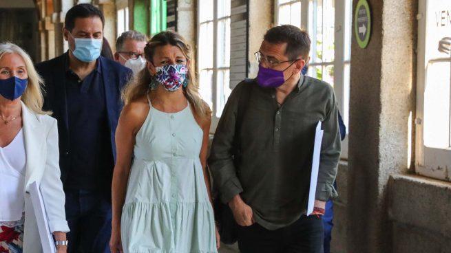 Yolanda Díaz y Juan Carlos Monedero. (Foto: Marta Fernández - Europa Press)