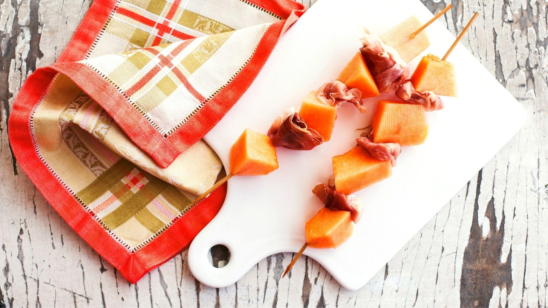 Receta de brocheta de melón y jamón