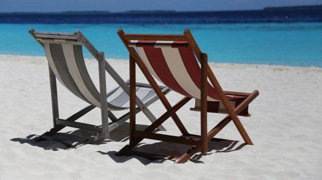 Tumbonas y sillas para la playa