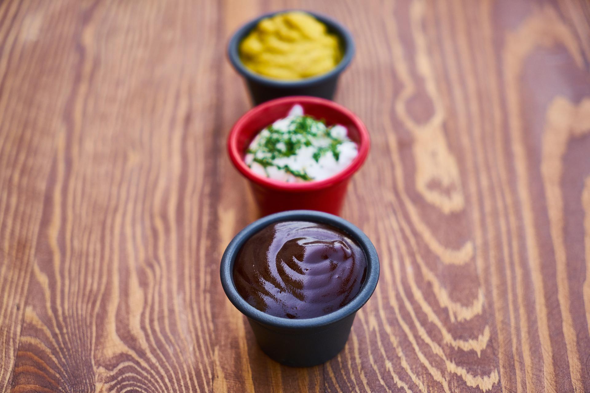 Salsas: los menos beneficios de la mayonesa y las bondades de la mostaza