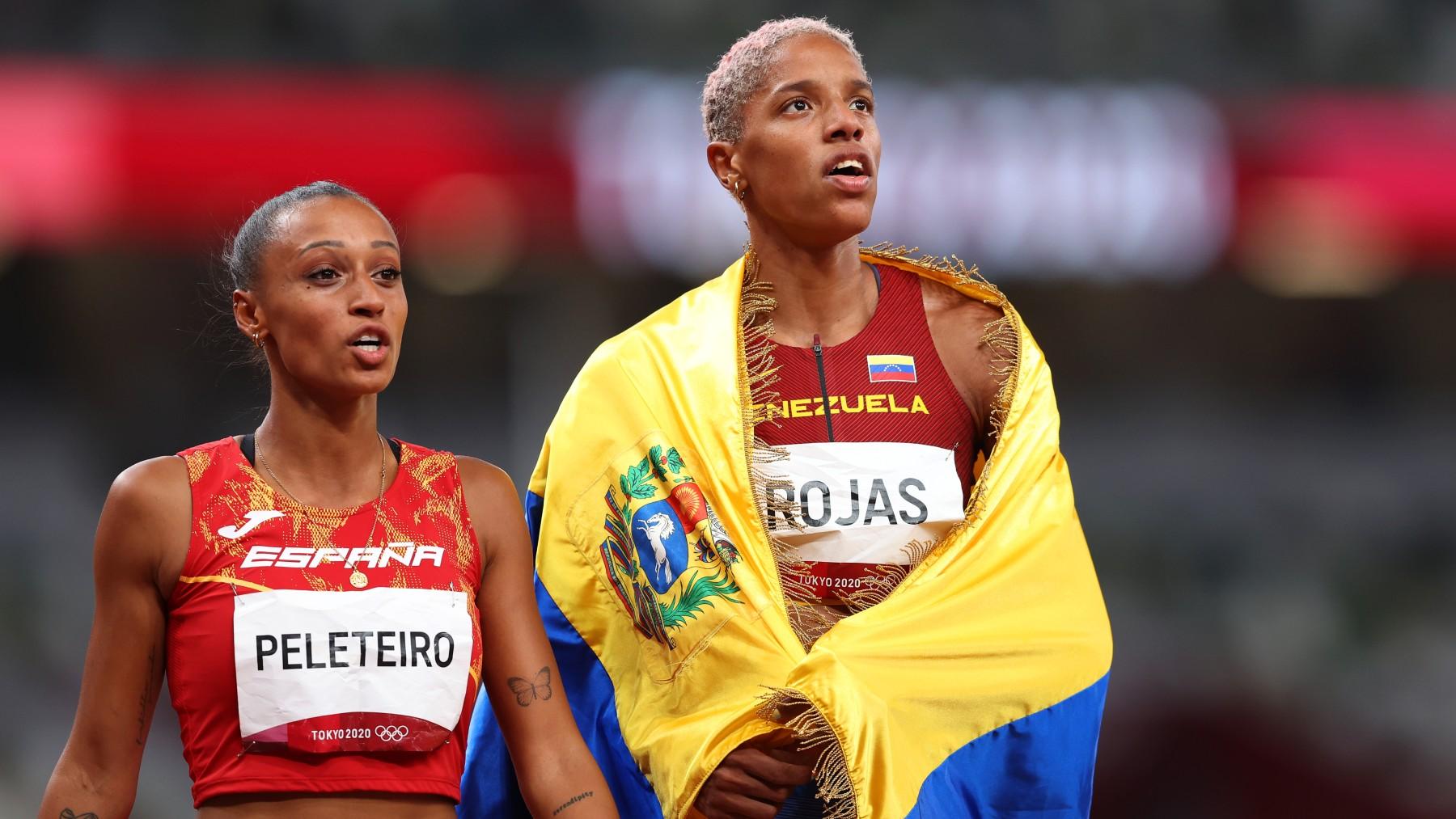 Yulimar Rojas, a la derecha, junto con Ana Peleteiro. (Getty)
