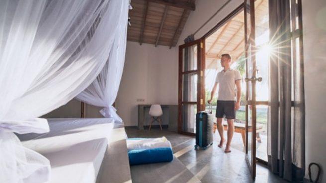 Protege tu casa mosquitos con esta cortina mosquitera para una puerta fácil de hacer