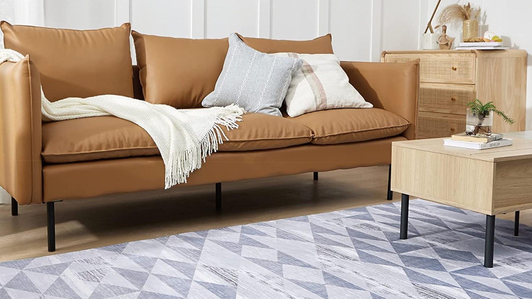 Dale calidez a tu salón con estas alfombras de Amazon más baratas que en Ikea