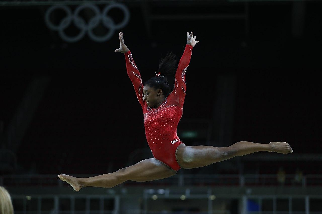 ¿Cuántas medallas ha ganado Simone Biles?