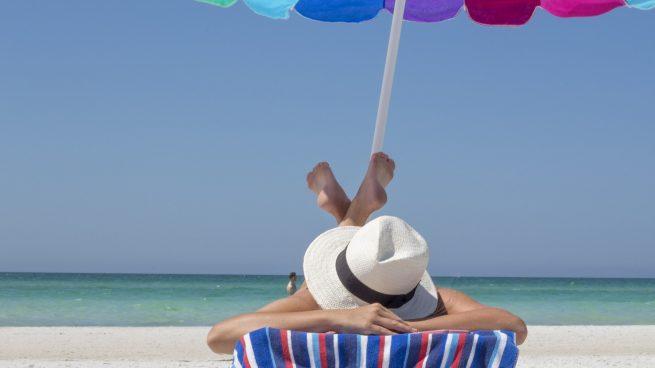 Alcampo vende las tumbonas más baratas para ir a la playa