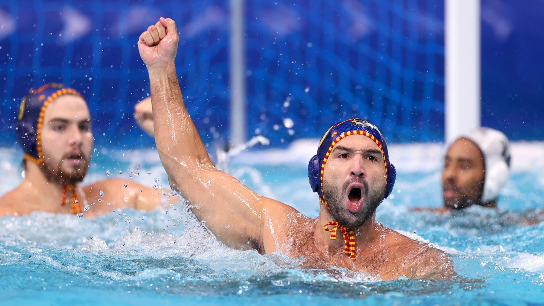 El capitán Felipe Perrone celebra un gol de España. (Getty)