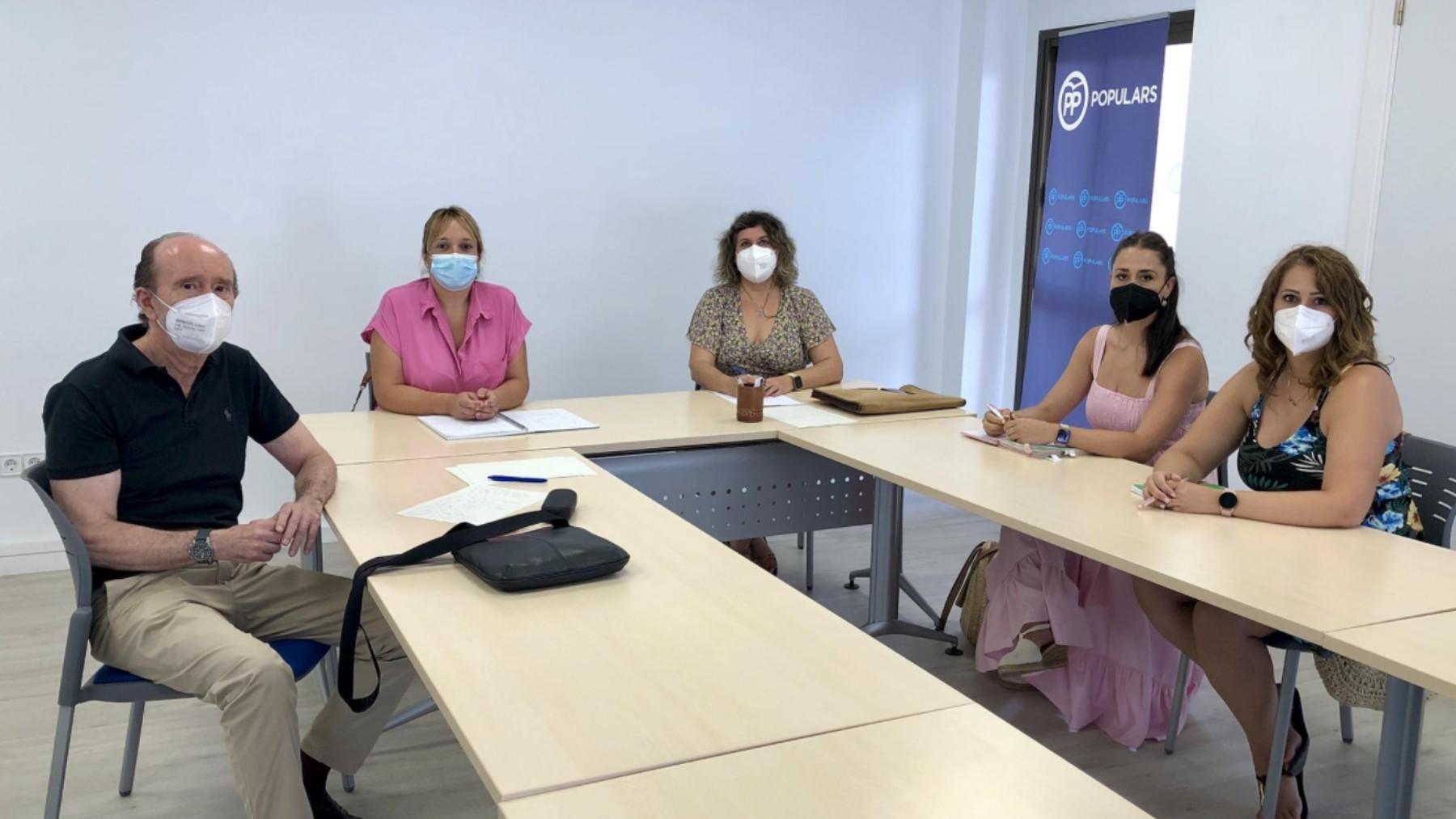 Reunión entre representantes de SATSE y el PP de Ibiza.