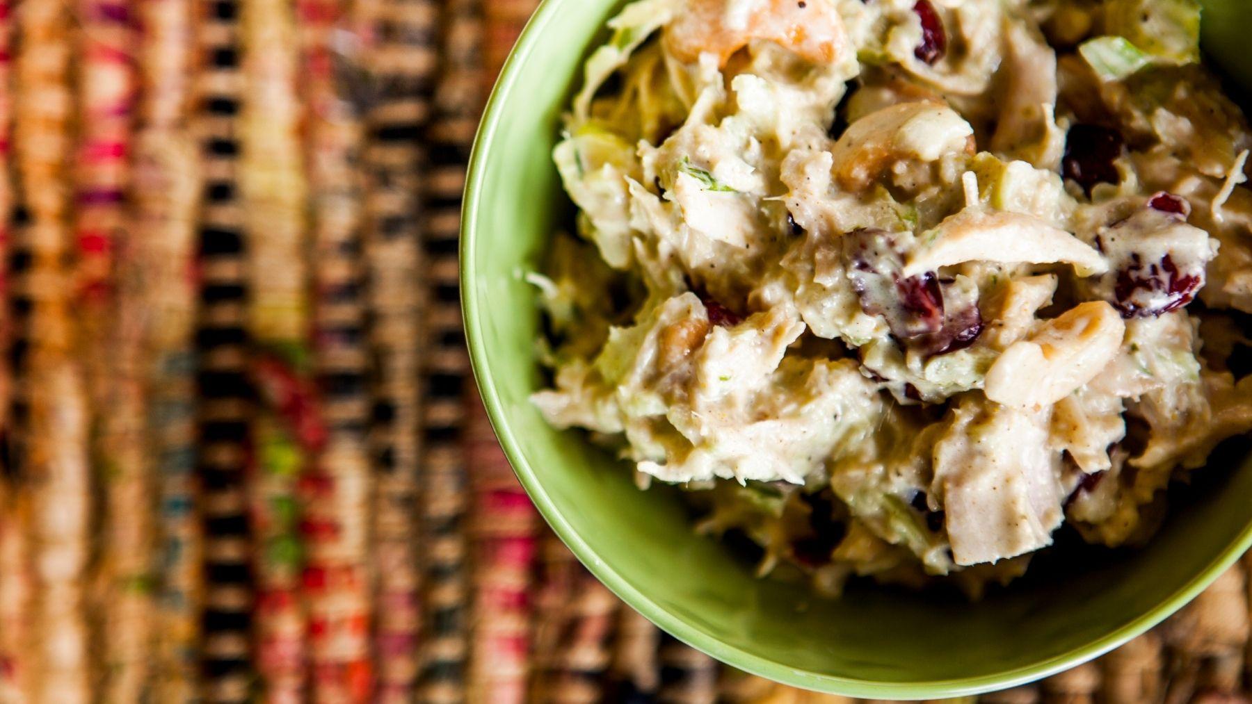 Receta de ensalada de pollo al curry con piña