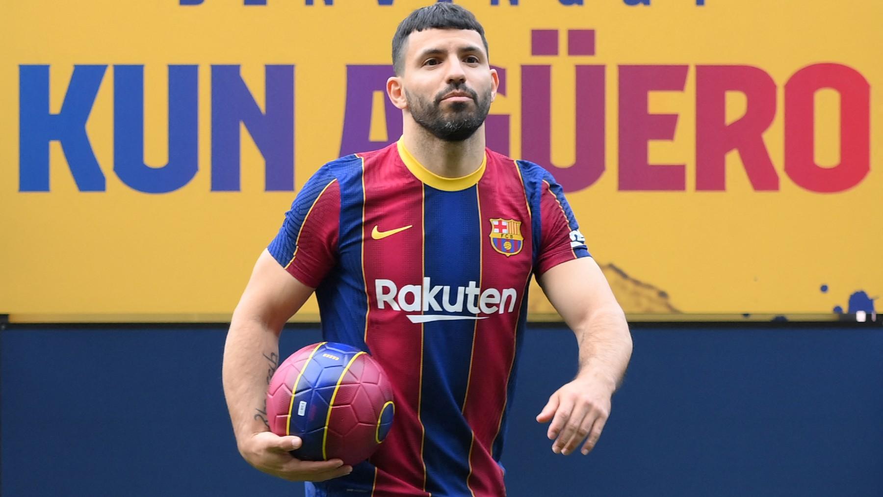 Sergio Agüero, en su presentación con el Barcelona. (AFP)