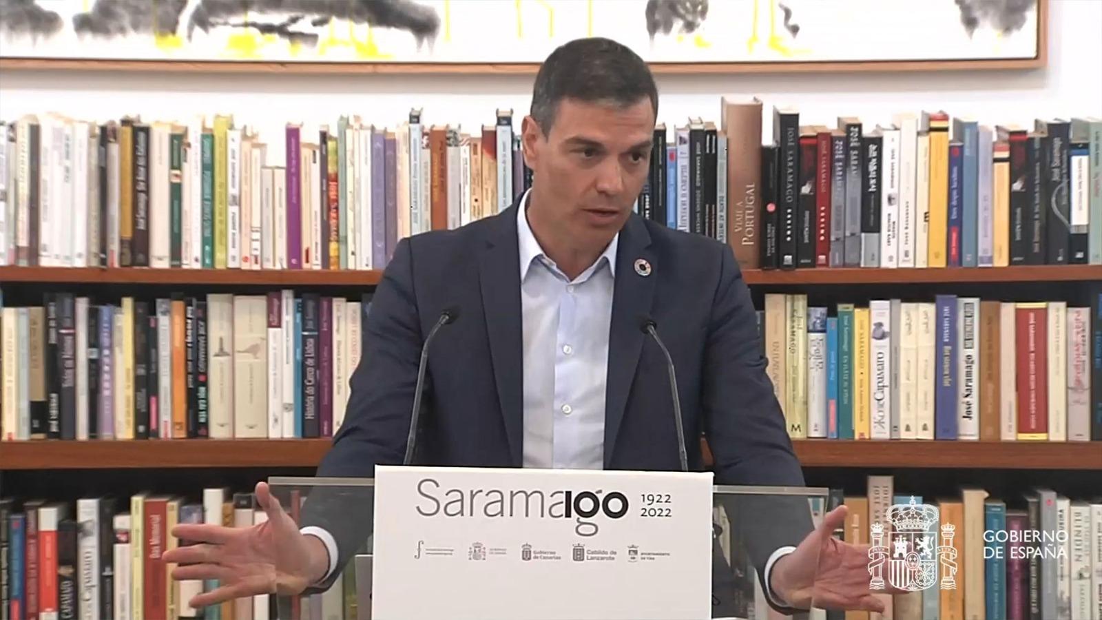 Sánchez presenta en Lanzarote el centenario de Saramago.