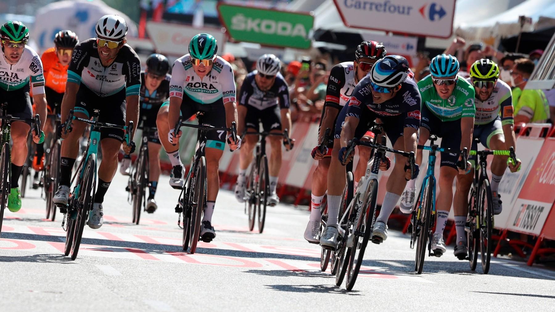 El belga Jasper Philipsen consigue la victoria en la segunda etapa de la Vuelta. (EFE)