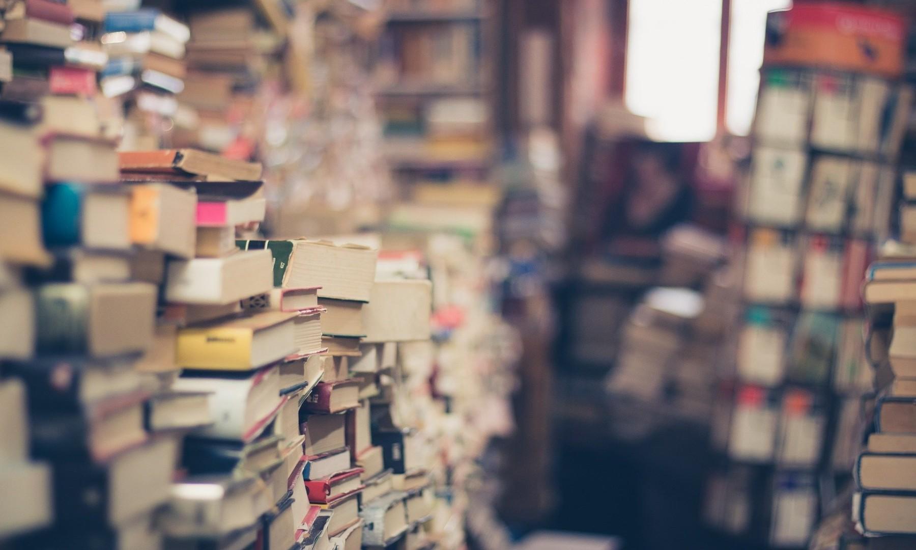 Pasos para quitar el color amarillo de las hojas de los libros