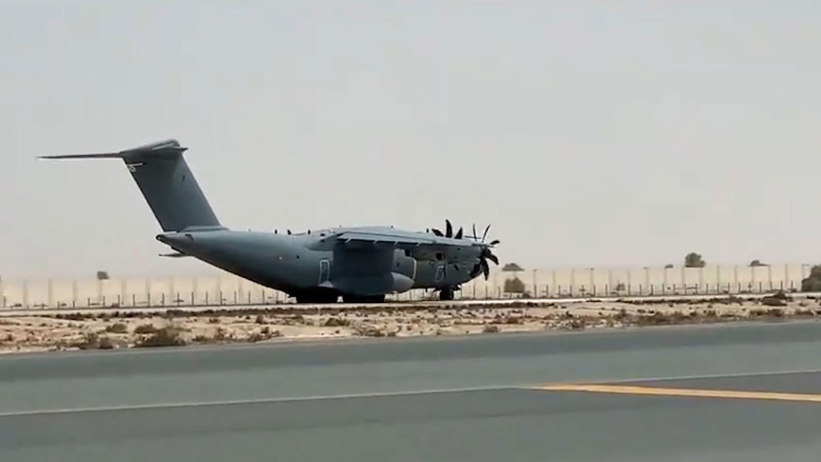El tercer A400M enviado por España a Dubái.